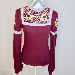 Free People NWT embroidered top
